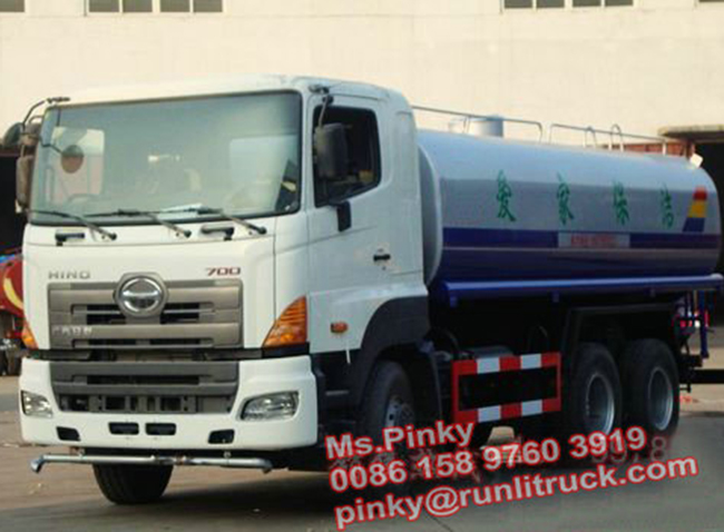 Hino700 64 350HP Water Truck 16000Litres (1)